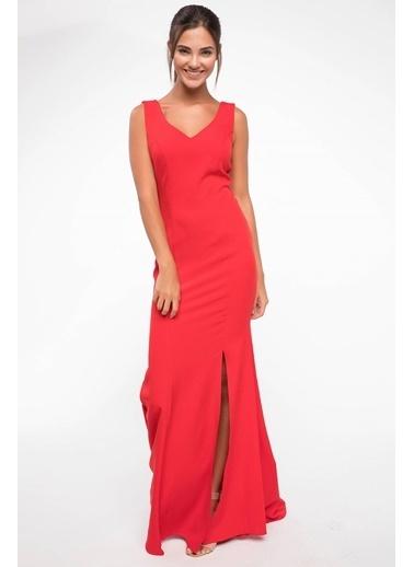 DeFacto Yırtmaç Detaylı Abiye Elbise Kırmızı